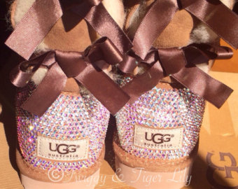 Popular items for ugg bailey bow on Etsy