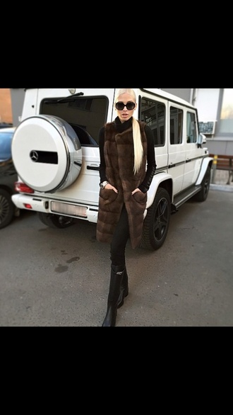 coat gilet brown fur vest fur fashion womens help similar to the photo shown similar to this similar