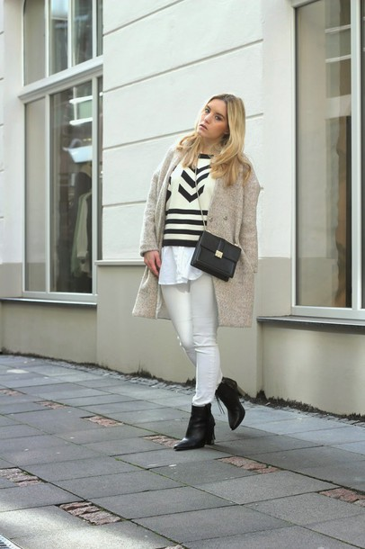 fashion twinstinct blogger winter coat boyfriend coat white pants jumper