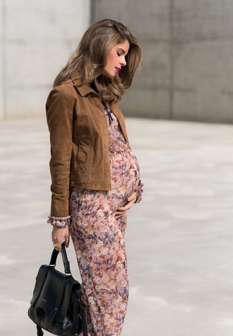 ms treinta blogger bag suede jacket maxi dress maternity dress floral dress black bag