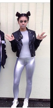 metallic lips,style,fashion,leggings,silver,pants,tights,holographic,glitter,metallic