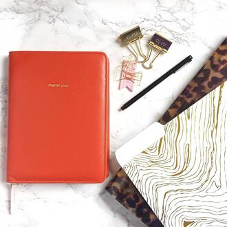 home accessory desk gold tortoise shell notebook agenda office supplies