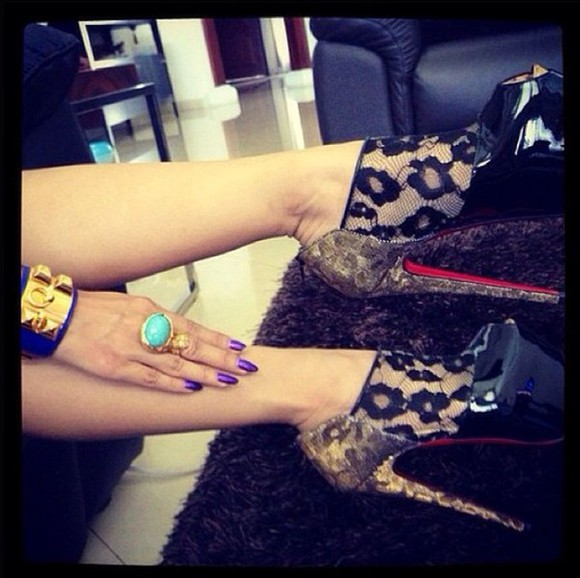 shoes christian louboutin red bottoms lace