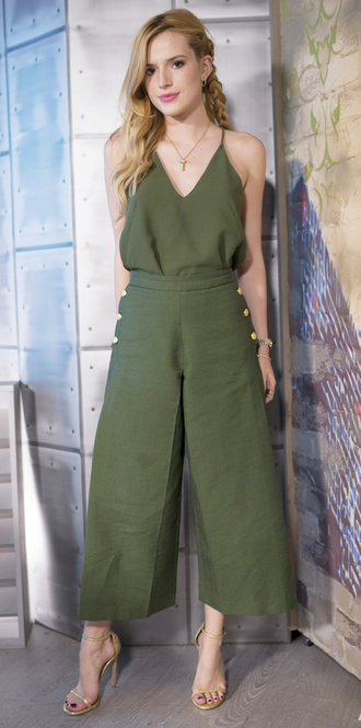 pants top wide-leg pants olive green sandals bella thorne shoes summer outfits