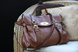 bag brown leather bag accessory tumblr old school school bag satchel bag