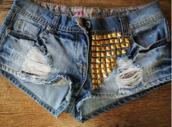shorts,studs,short,studded,ripped shorts