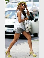 beyonce,bling,yellow heels,purse,white tank top,loose white tank,shoes,bag