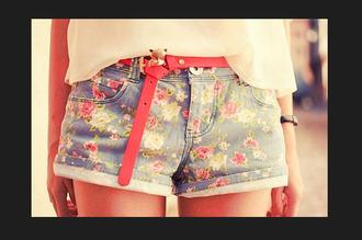 pink flowers floral belt shorts cut off shorts belt belt belt red belt red red small belt floral shorts pink flower