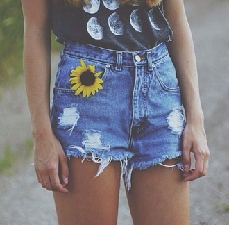 shorts high waisted denim shorts sunflower denim shorts light blue shorts shirt jeans blue dress ripped shorts t-shirt demin sun flower yellow blue denim shorts love shorts and shirt tank top moon denim tumblr moon moon phases whole outfit high waisted shorts black tank top