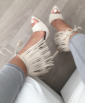 shoes cream white grey heels open toes pocahontas heels high heels nails nail polish panta grey pantasa gray pants pocahontas t-strap heels