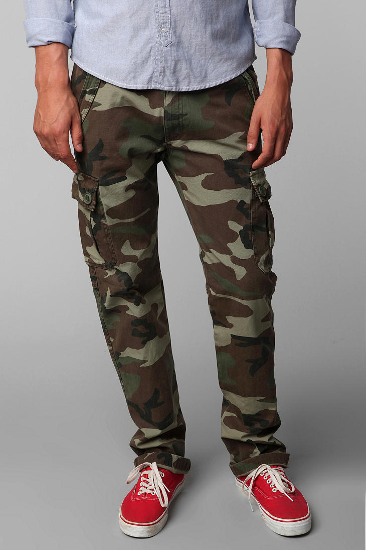 All-Son Camo Cargo Pant - Urban Outfitters