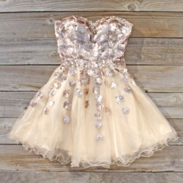 dress cream glitter party dress elegant pretty tumblr bronze perfect formal semi prom dress rhinestones spool couture golden goddess dress white gutter prom semi formal cute tumblr dress girly tutu short dress 2014 short dress exactly this dress or similar short prom dress creme clothes sequins flowers tulle skirt sweetheart dress pink dress 60 fancy