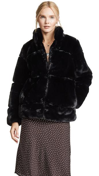 Apparis Sarah Quilted Fur Coat in noir