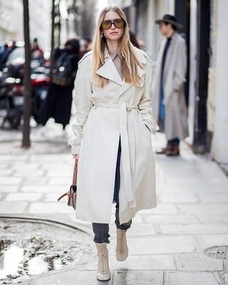 coat white coat oversized coat boots white boots sunglasses trench coat oversized aviator sunglasses streetstyle