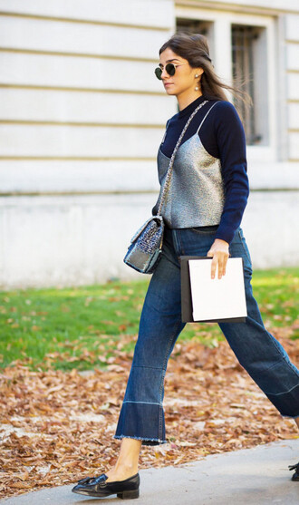 jeans silver top tumblr streetstyle cropped jeans denim blue jeans top blue top spaghetti strap bag chain bag shoes black shoes loafers black loafers sunglasses