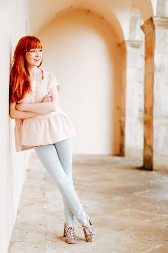 the clothes blogger coat top jewels jeans shoes bag