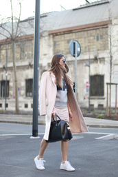 b a r t a b a c,blogger,skirt,sweater,coat,shoes,bag,sunglasses,graphic sweatshirt,sweatshirt,pink coat,black bag,handbag,givenchy,givenchy bag,sneakers,stan smith,adidas,adidas shoes,cat eye