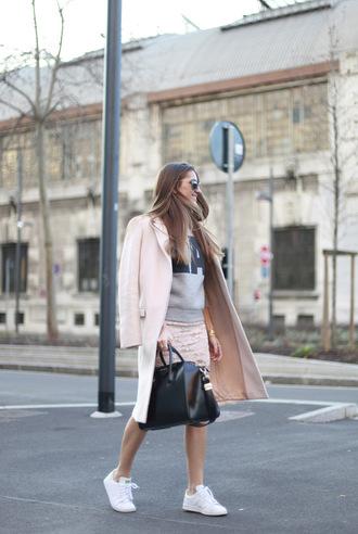 b a r t a b a c blogger skirt sweater coat shoes bag sunglasses
