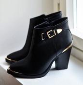 shoes,black shoes,black boots,high heels,leather shoe