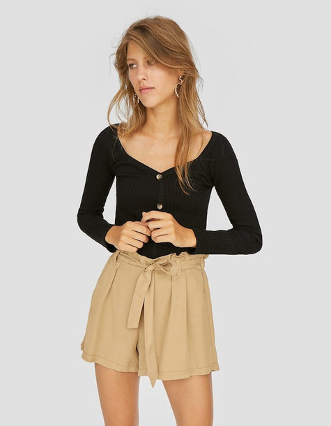 Stradivarius Shorts With Tied Bow In Beige