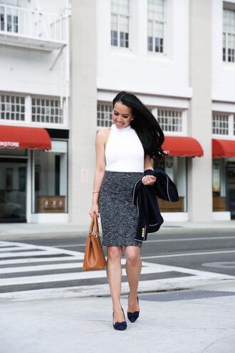 stylish petite blogger jacket skirt sweater top shoes bag handbag grey skirt pumps