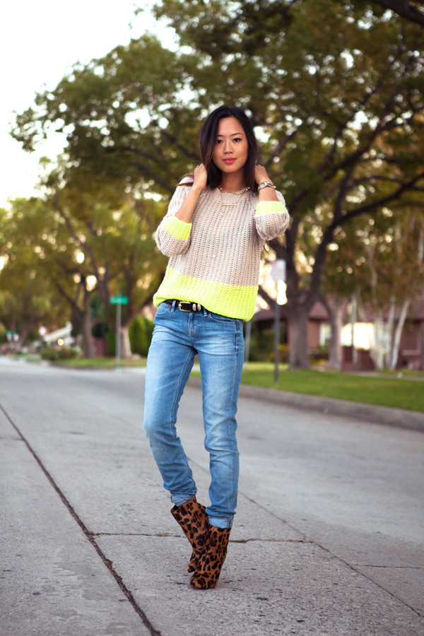song of style sweater jeans