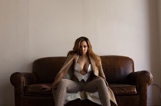 brown white jacket tinashe couch nude