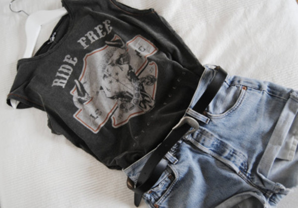 shorts denim vintage tank top ride black tank top shirt tumblr t-shirt grunge grey levi shorts cool fashion coolture funny band t-shirt t-shirt i love you belt black jeans summer casual back to school everyday rock graphic tee same top grey top tumblr outfit tumblr shirt tumblr girl tumblr clothes white red ride free skull hot pan