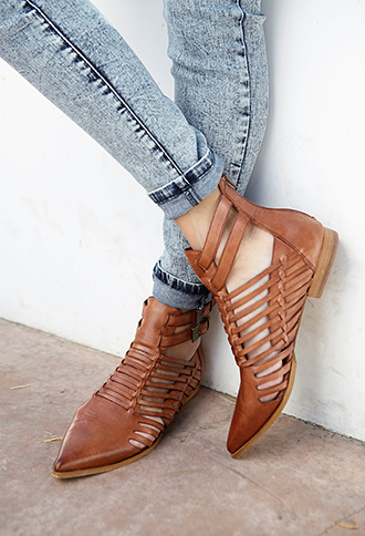 Refined Leather Booties | FOREVER21 - 2000111401