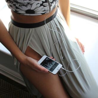skirt bralette tank top shirt