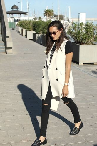 jacket black t-shirt white vest black ripped jeans black studded loafers blogger round sunglasses