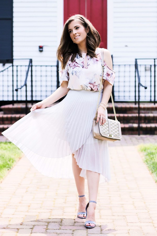 thedaintydarling blogger skirt top shoes