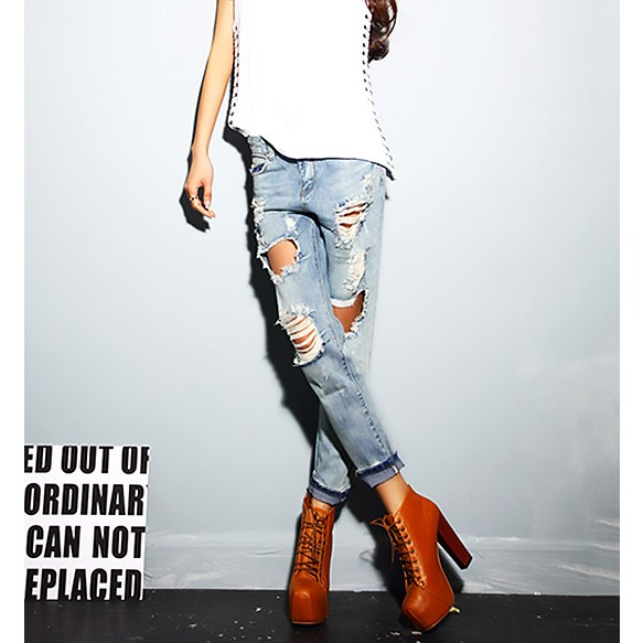 Low Rise Boyfriend Jeans With Extreme Rips