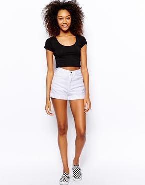 American Apparel | American Apparel - Short taille haute en jean chez ASOS