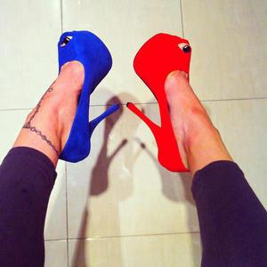shoes blue red cthers clothers shoes