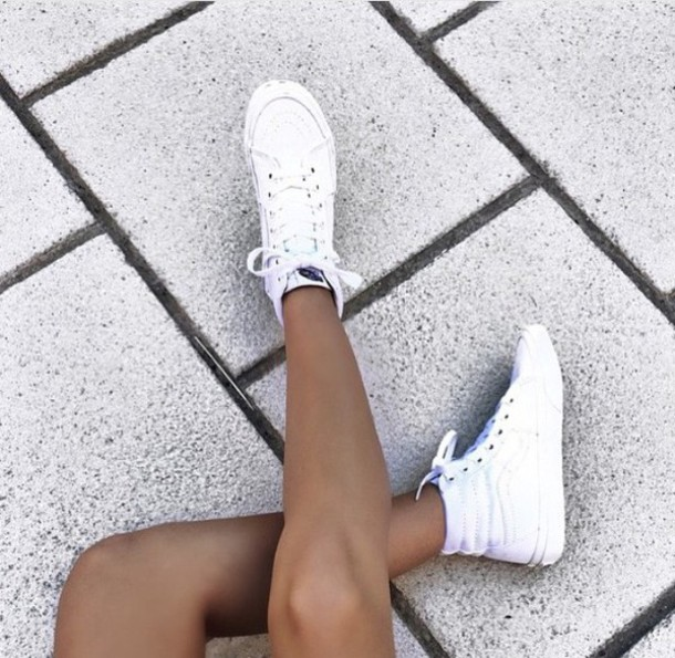 shoes white white shoes tumblr tumblr outfit high top sneakers sk8-hi dec191430b