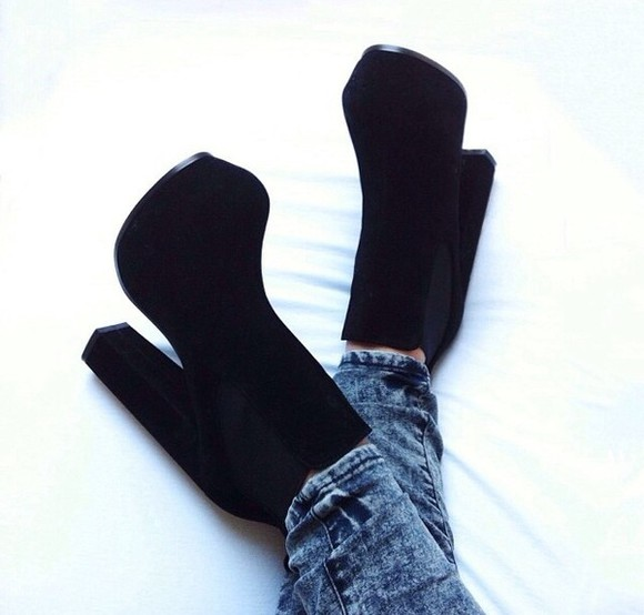 shoes high heels boots heeled boots chelsea boots suede boots black boots black black shoes
