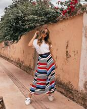 skirt,top,white t-shirt,white top,striped skirt,colorful,shoes,bag,sunglasses