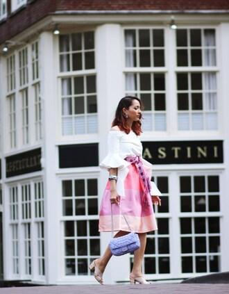 preppy fashionist blogger top belt skirt bag