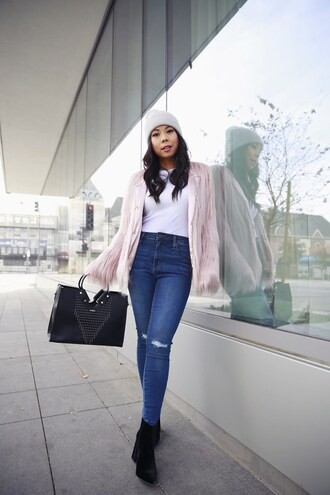 hautepinkpretty blogger jacket hat t-shirt jewels jeans bag shoes beanie faux fur jacket ankle boots handbag winter outfits