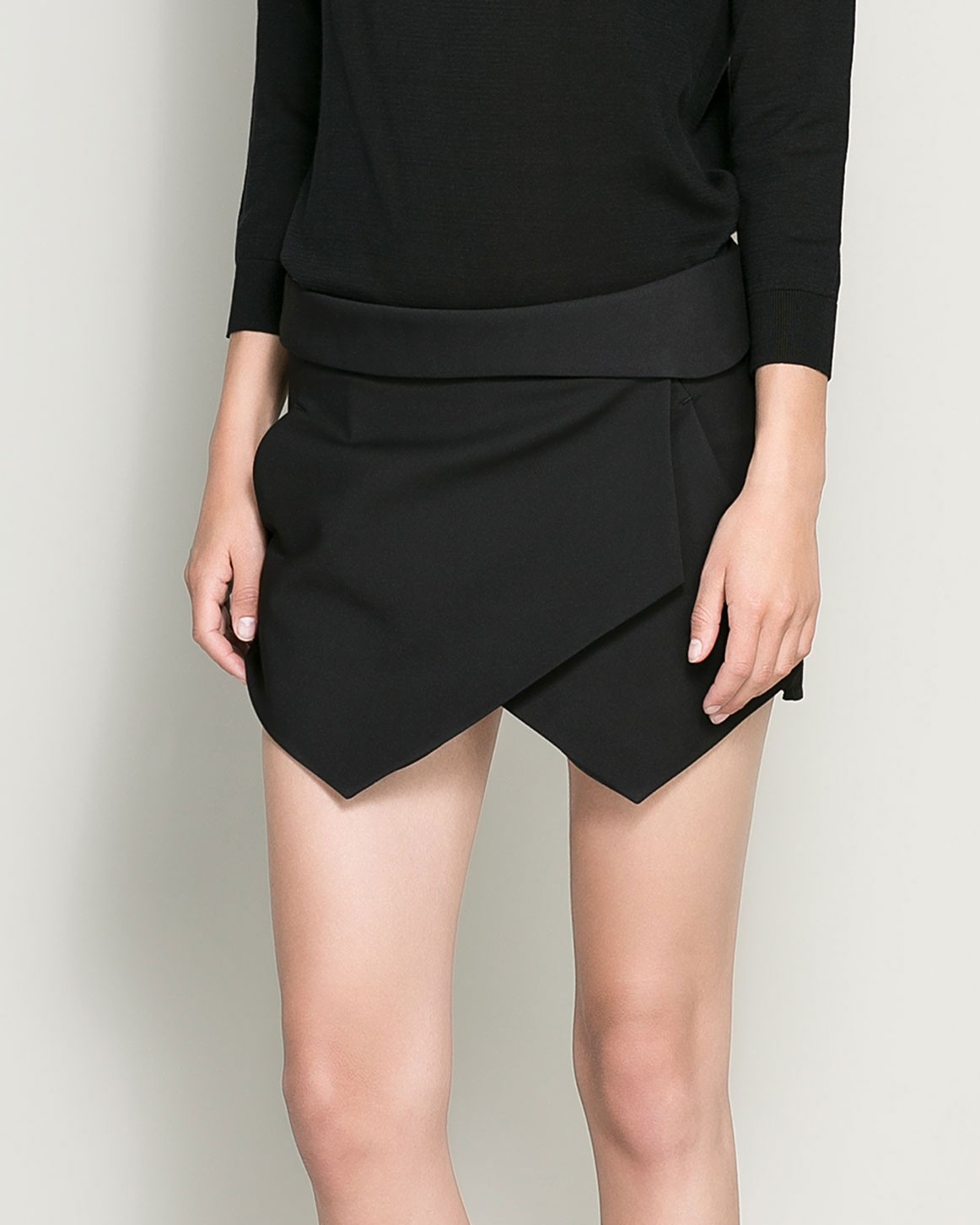 SmashGal is proud to offer one of the best fitting skirts with built-in shorts on the market! The skirt waistband is wider and set lower on the waist, for a comfortable fit. Skirt is A-line so it's super flattering on just about any body type. Black built-in shorts aren't long enough to show and they stay in place nice.