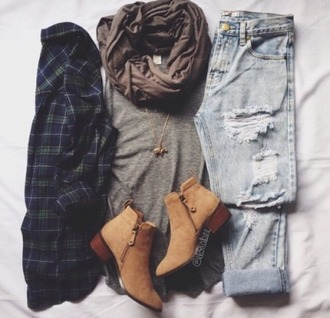 trendy ankle boots scarf necklace blouse jeans shoes shirt top flannel shirt flannel blue flannel button up shirt blue flannel green flannel long sleeves long sleeve flannel this exactly!!!! please!! boots brown winter outfits automn fall outfits shorts ripped jeans grey top