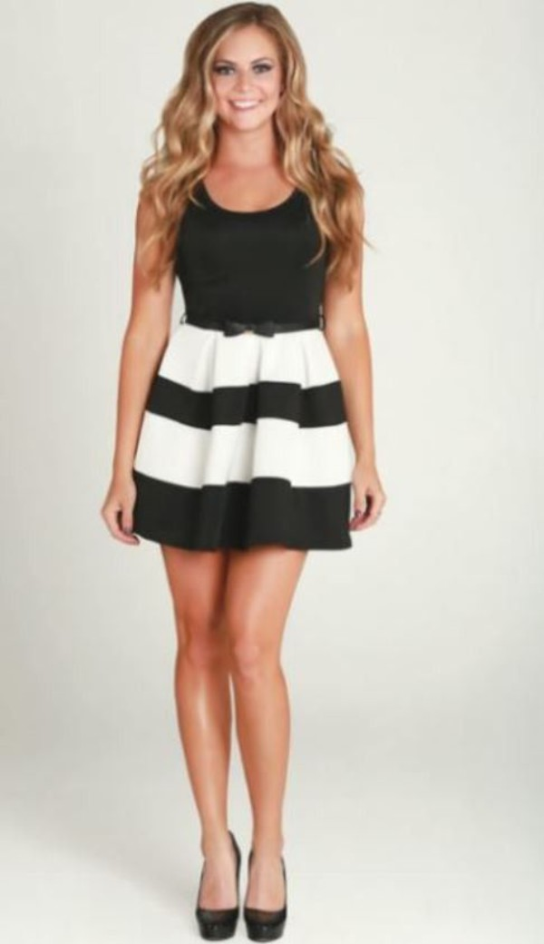 open back dresses flare bow belt sleeveless dress mini dress black and white dress striped dress cocktail dress www.ustrendy.com