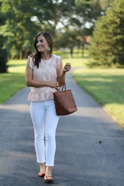 the northeast girl blogger dress blouse tank top t-shirt skirt