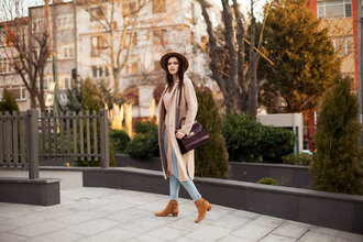 the bow-tie blogger coat sweater jeans hat shoes bag fall outfits felt hat ankle boots beige coat