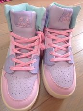 shoes,pink,purple,multicolor,sneakers,hi tops,high tops