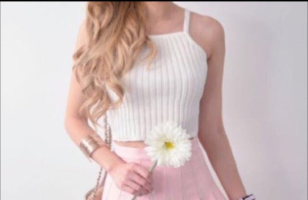 top looking for the exact same white top ribbed halter knitted halter cropped ribbed top crop tops cropped halter white halter
