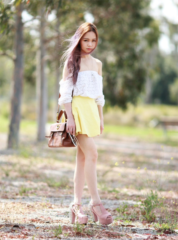 chloe ting t-shirt skirt shorts shoes