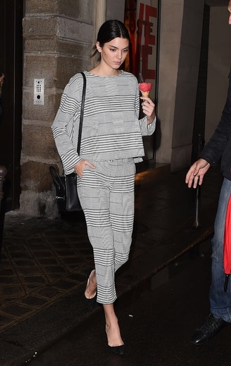 pants kendall jenner outfit two-piece fashion