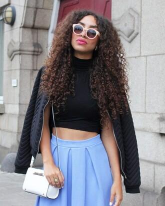from hats to heels blogger sunglasses natural hair light blue blue skirt crop tops black jacket